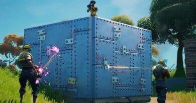 Fortnite дарит игрокам бронированные стены и торты на свой четвертый день рождения